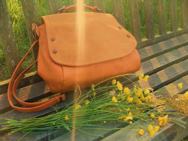 handmade italian leather bag