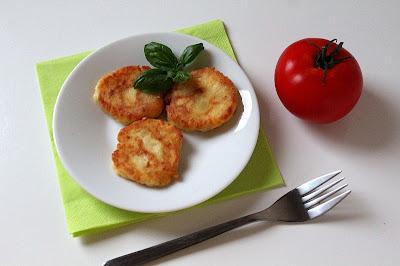 Placuszki z gotowanych ziemniaków z fetą