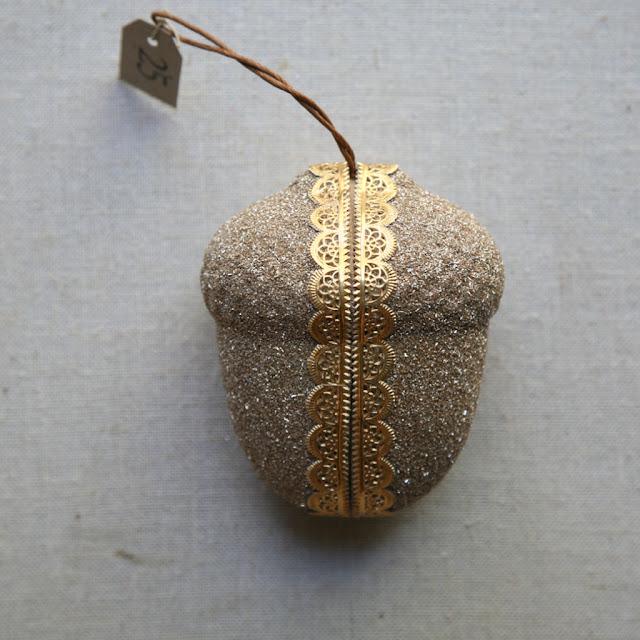glitter acorn