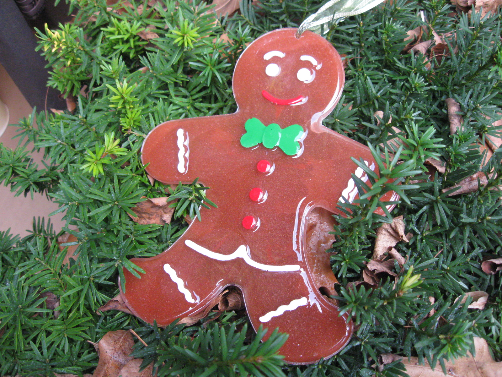 Craft klatch big resin gingerbread man christmas decoration craft tutorial - Decorations for gingerbread man ...