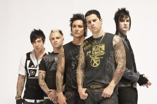 A7X avenged sevenfold w/ the rev
