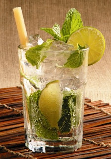 cuban mojito with mint lime