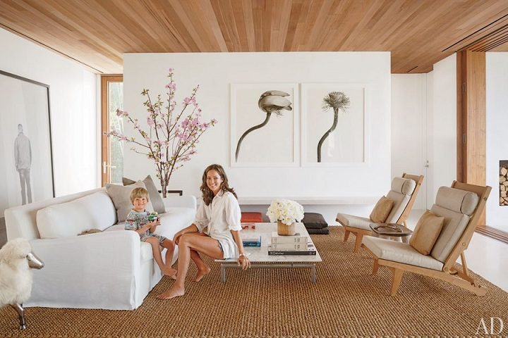 Mix And Chic Home Tour Kelly Klein 39 S Minimalist Palm