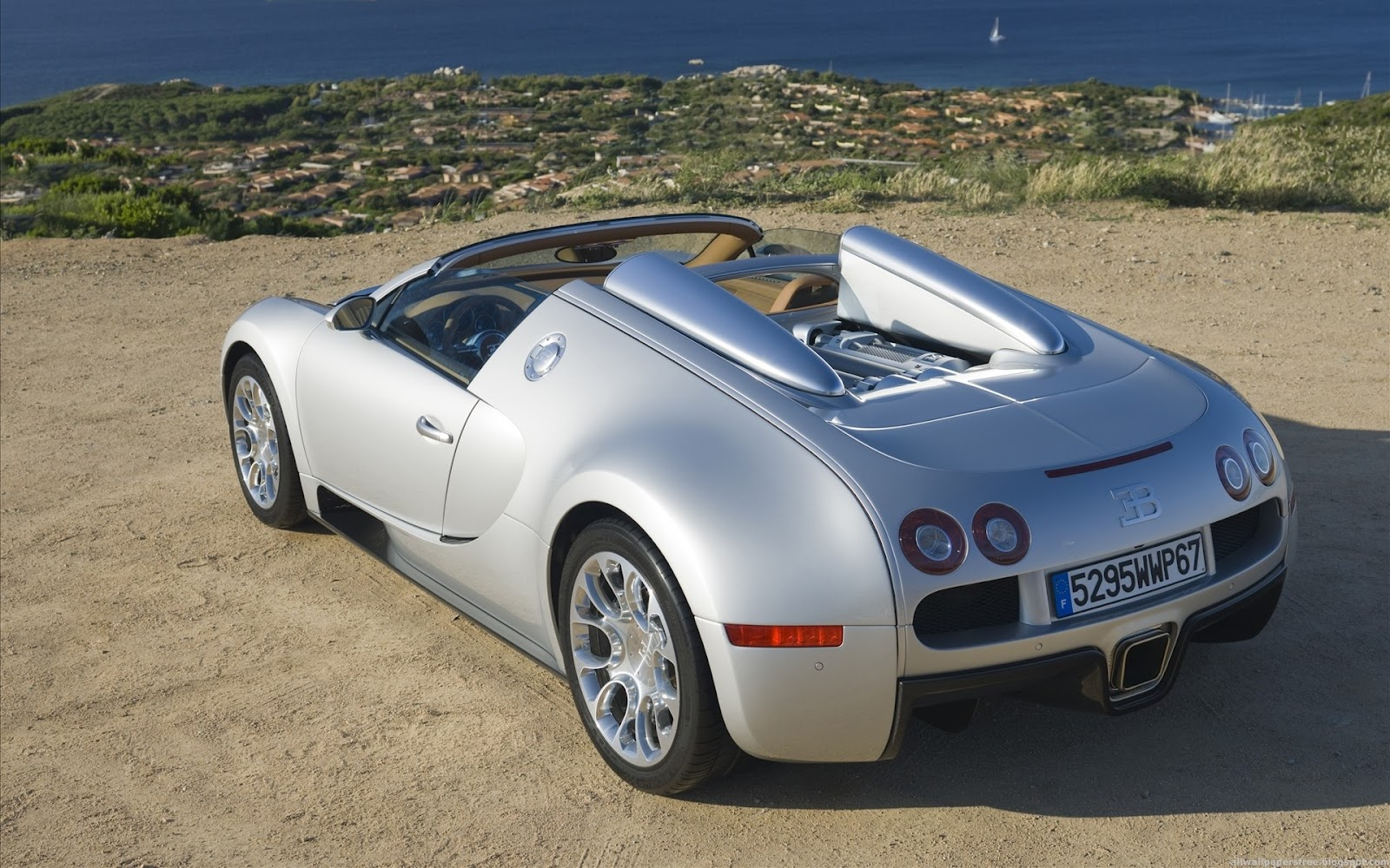 bugatti veyron silver cool car wallpapers. Black Bedroom Furniture Sets. Home Design Ideas