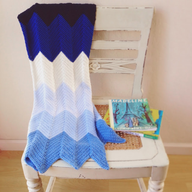 Crocheted Chevron Baby Blanket Pattern
