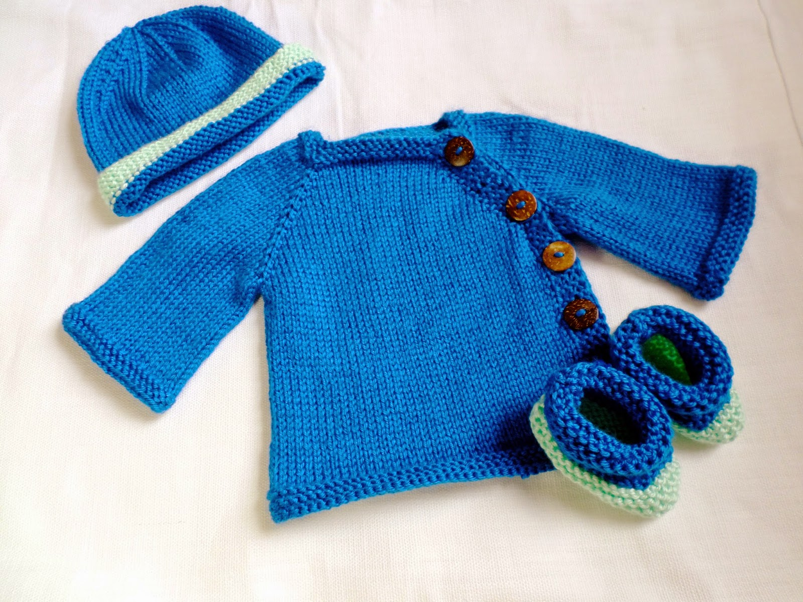 Baby Layette Set! | SaltyCrafts