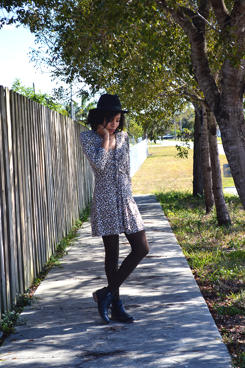 Fashion Blogger Anais Alexandre of Down to Stars wearing a Target fedora with a vintage dress and dolce vita boots