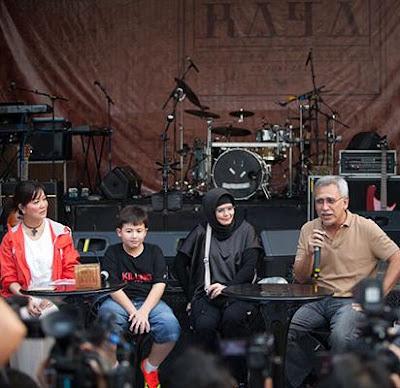 "Iwan Fals Launching Album ""Raya"""