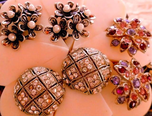 Aretes de flores con perlas, aretes con piedras moradas, aretes con piedras
