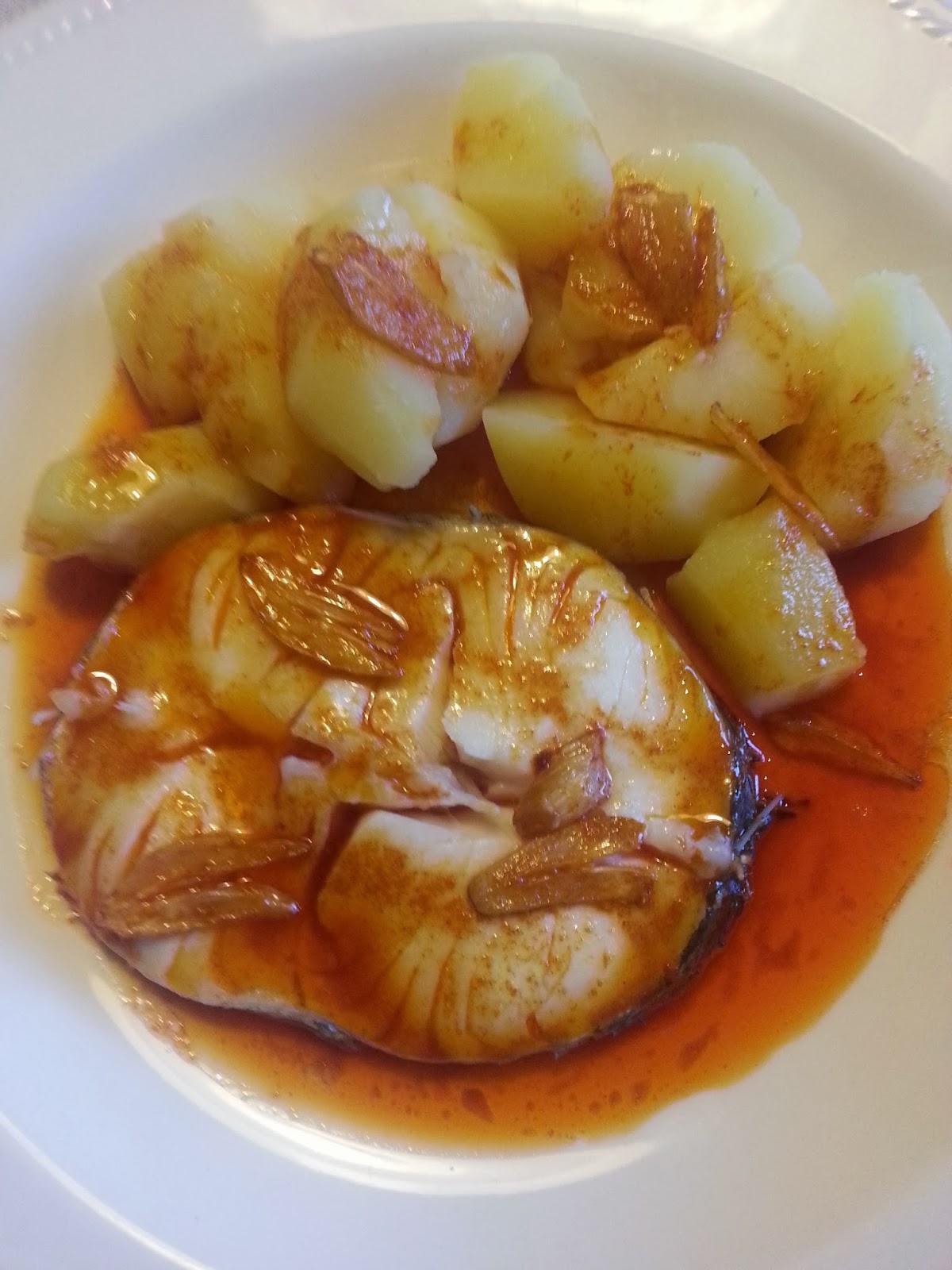 Merluza a la gallega aprend a cocinar y menuda cruz for Cocinar raya a la gallega