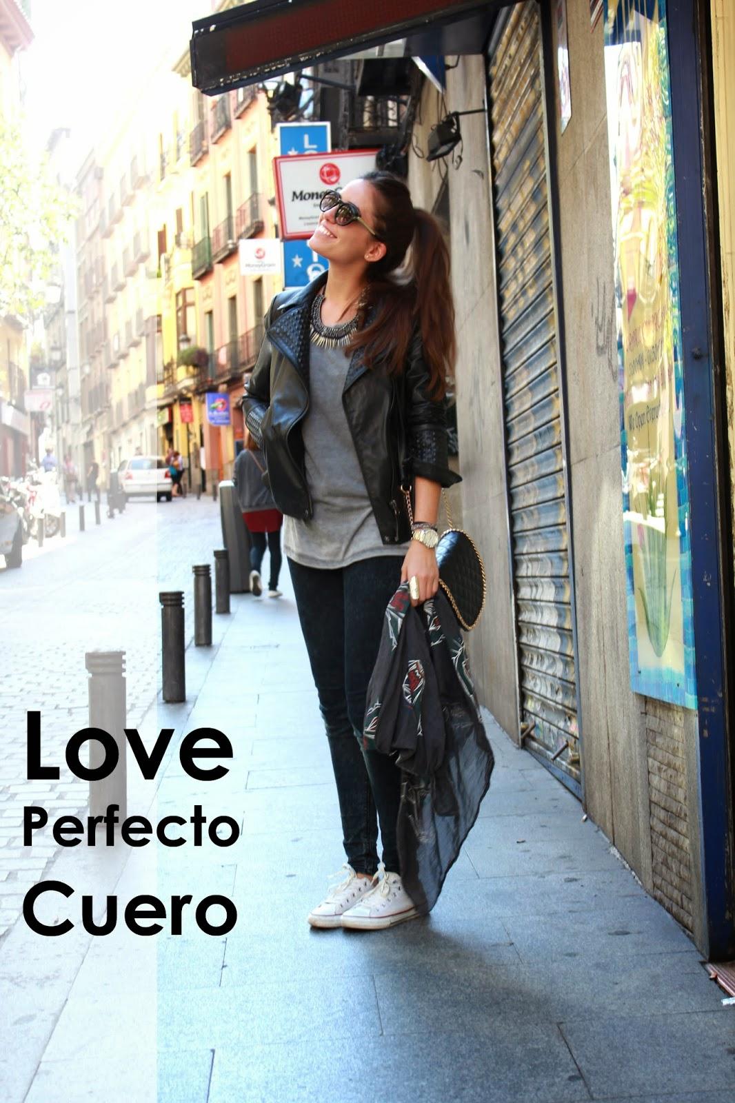 DEFINITELY FASHION Amor por el Perfecto de Cuero