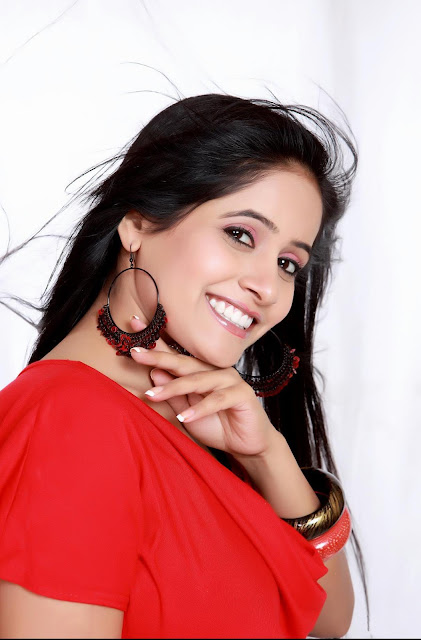 Hot Miss pooja unseen photos