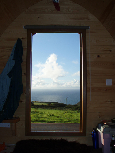 Camping Pohttp://www.blogger.com/img/blank.gifd Doorway