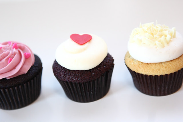 Minneapolis Valentine's Day Gift of Cupcake