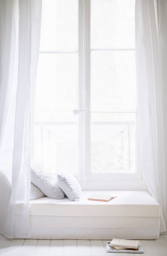 White daybed nook via Domino