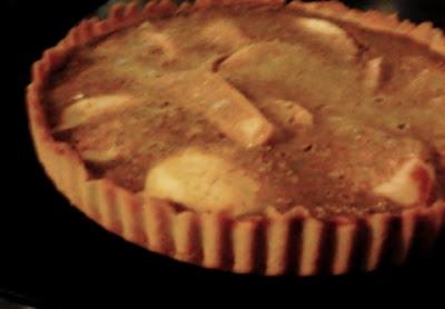 Tarta z jabłkami z cynamonem, jajkami, jogurtem greckim i jogurtem naturalnym. Pyszna tarta z jabłkami!
