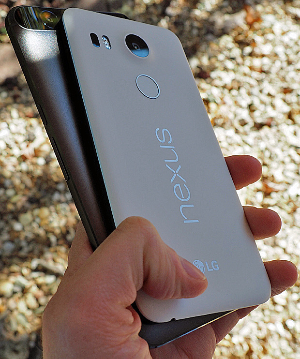 News Update Hands On : Getting To Know The Nexus 5 And Nexus 6