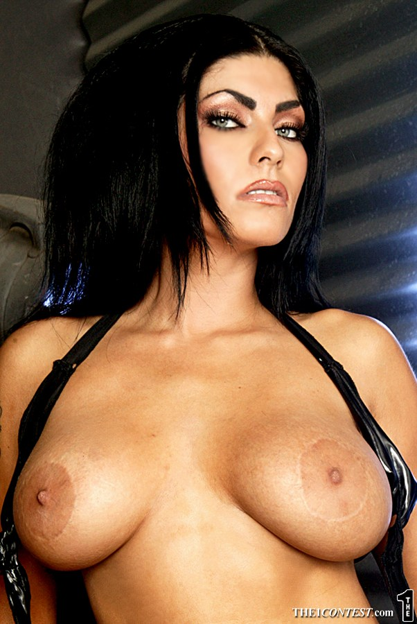 nude Wwe diva shelly martinez