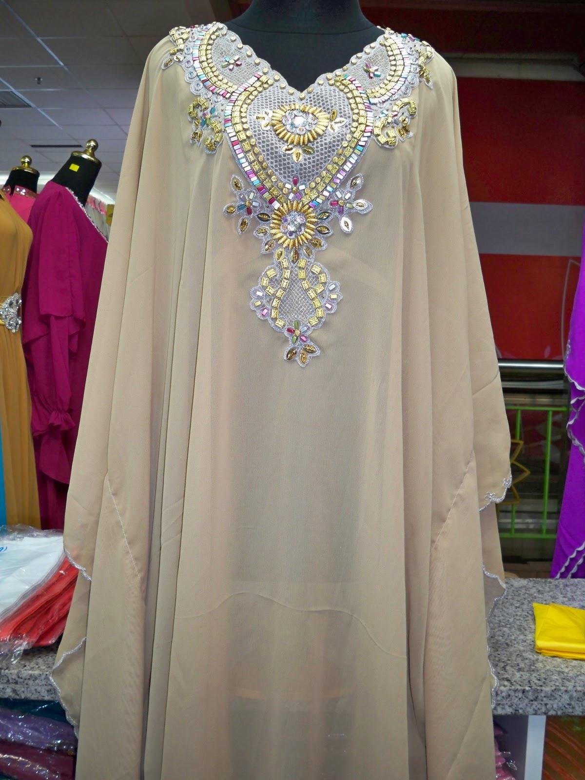 Koleksi baju toko arserio november 2011 Baju gamis kaftan putih
