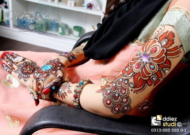 Bridal Mehndi Bunches : Marvellous bridal mehndi designs by mona shekhani fashion shows
