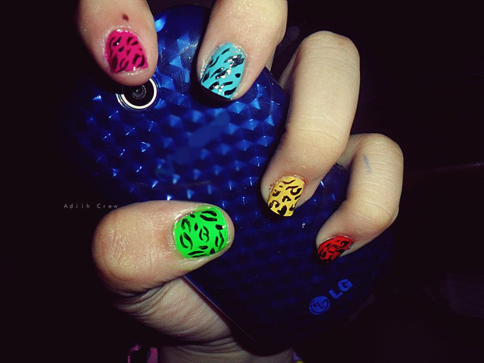 Colorful Nails Art Fashion - Nail Designs 2013 | dunia-fhasion