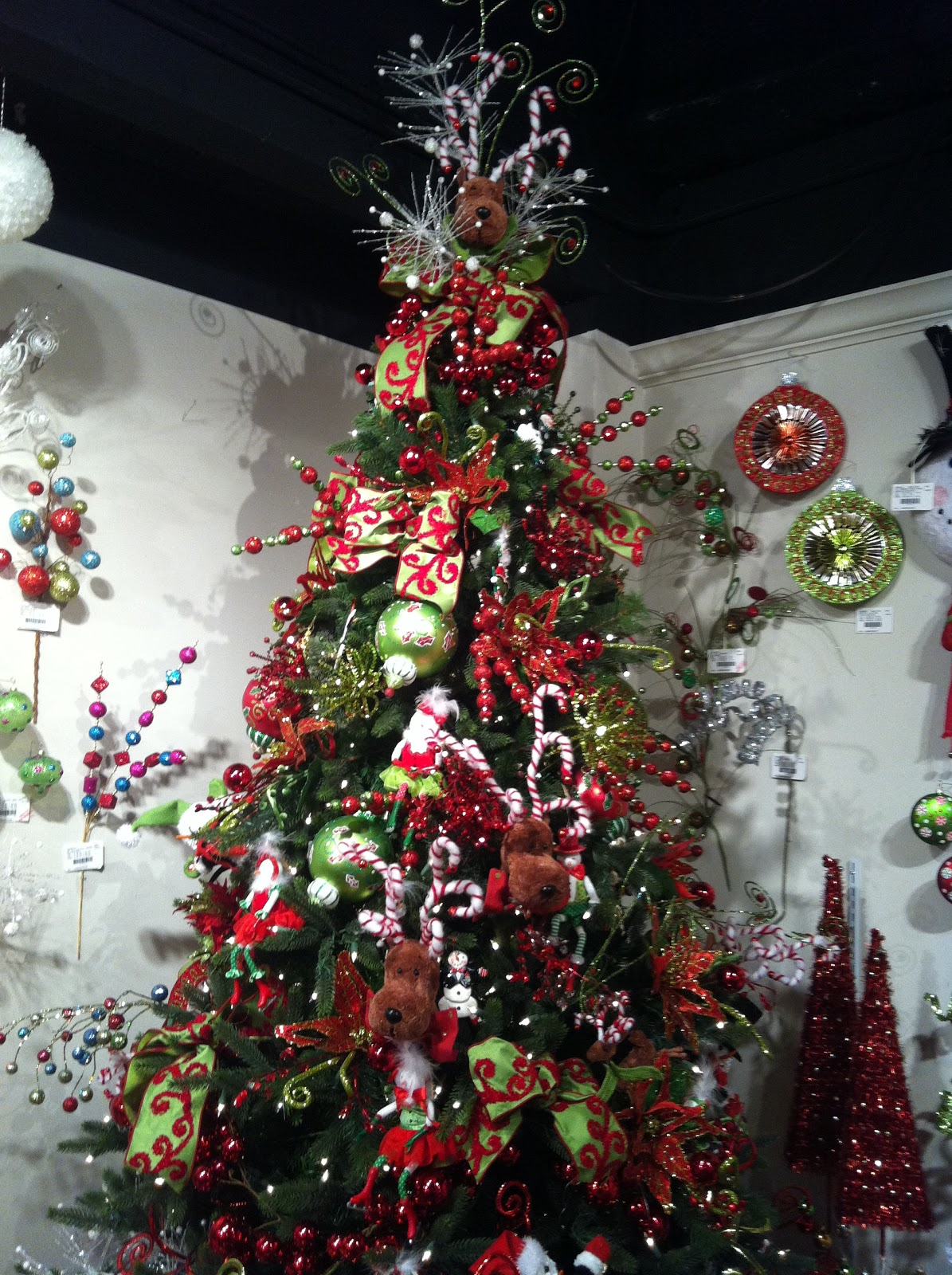 Kristen 39 s creations christmas tree decorating ideas for Christmas tree with red and silver decorations