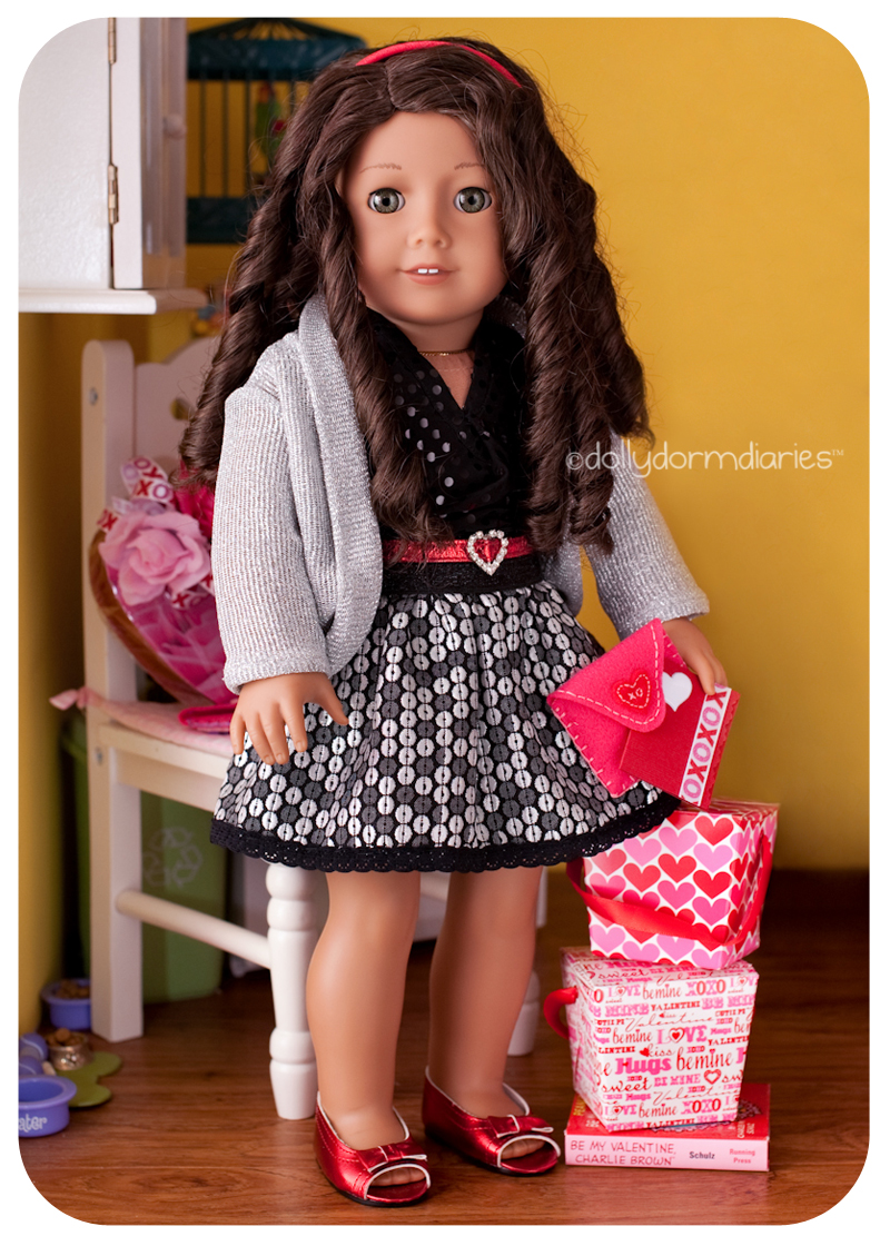 American Girl doll, Ester. Read 18 inch doll diaries at our American Girl Doll House. Visit our 18 inch dolls dollhouse!