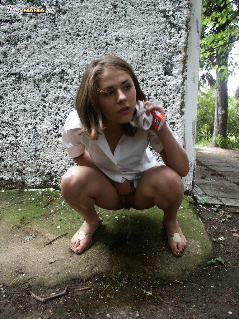 Бесплатное фото писающих девушек 47216 фотография