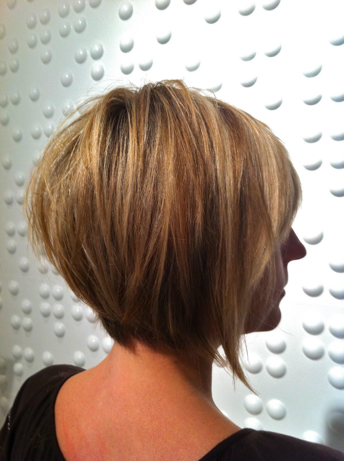 Стрижка боб каре на короткие волосы вид сзади