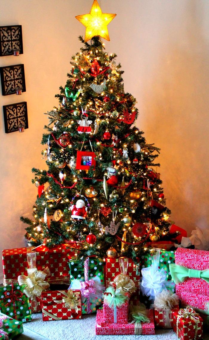 christmas tree gift wrap