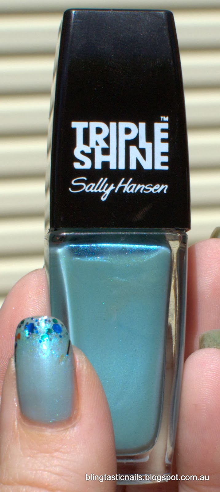 Sally Hansen Pool party with glitter gradient stamping and studs