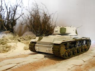 diorama con carro de combate ruso