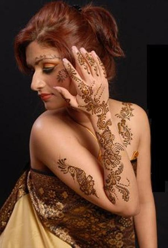 mehndi design tattoos