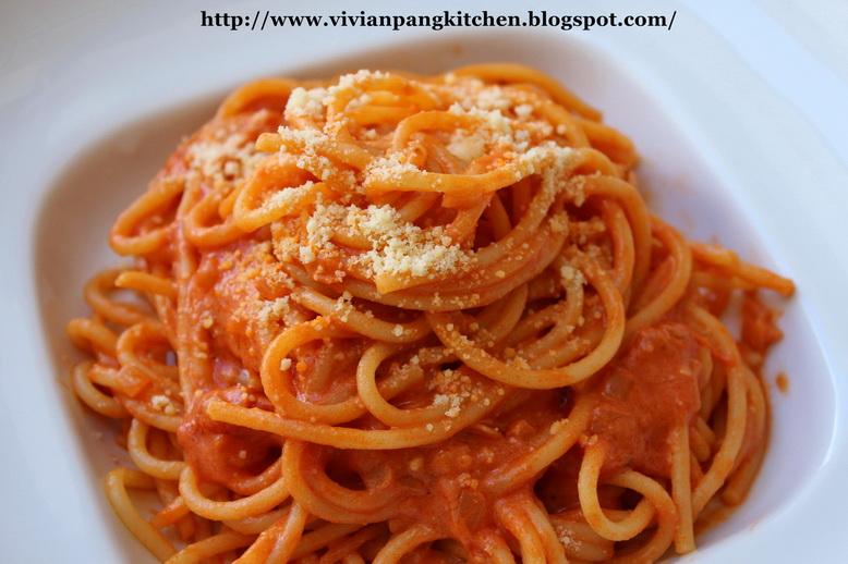 Vivian Pang Kitchen: Pasta with Tomato Cream Sauce