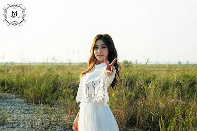 Sera Nine Muses Gun BTS Beauty in White