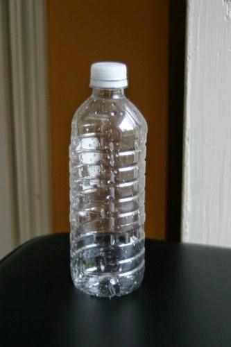 http://www.liataja.com/2014/10/tempat-lilin-cantik-dari-botol-bekas.html
