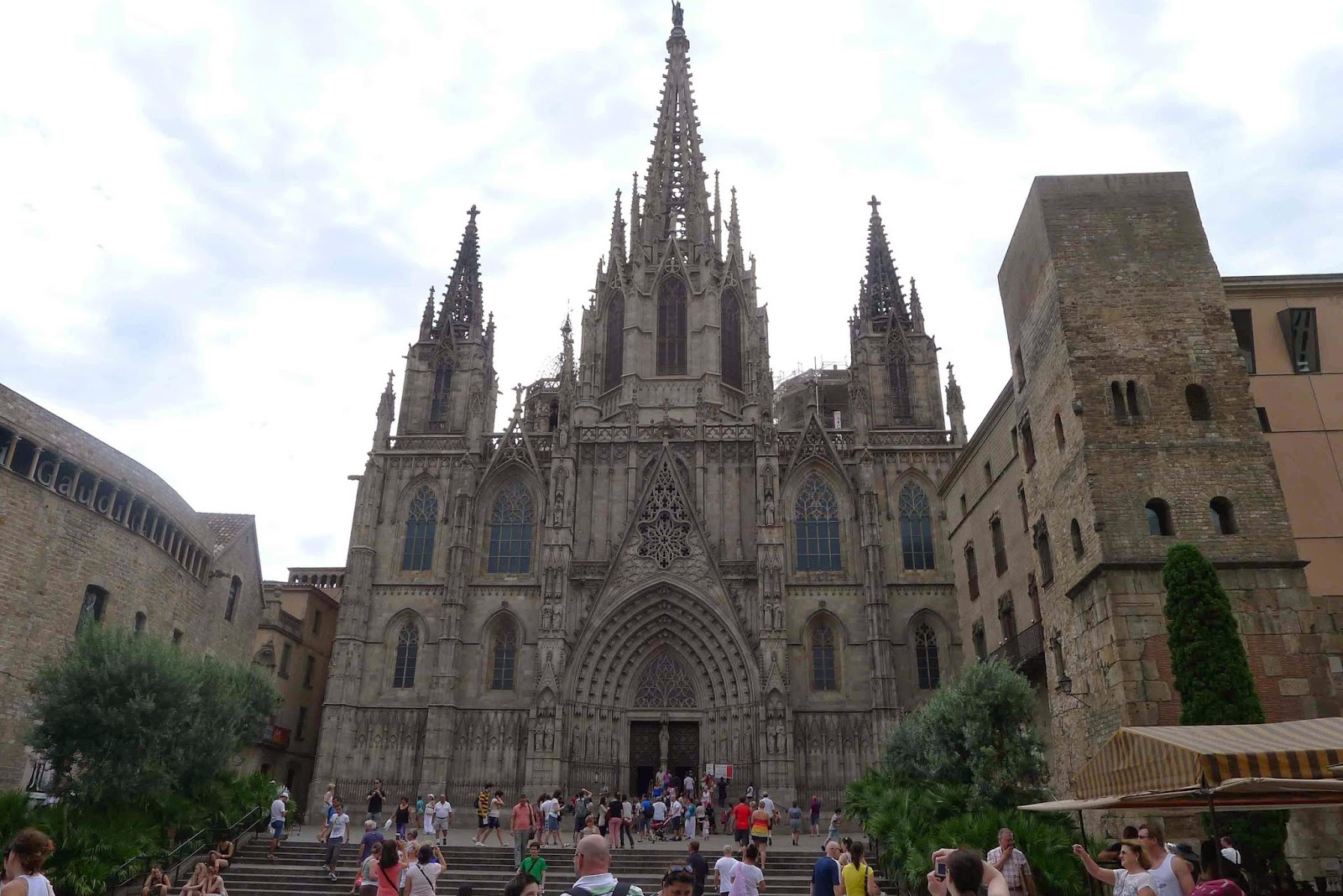Barcelona Cathedral - exterior