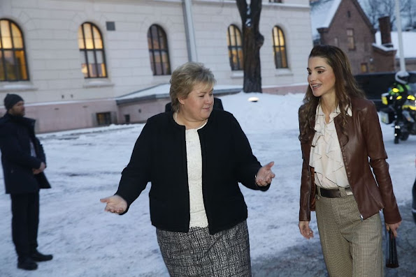 Queen Rania of Jordan is in Oslo in order to make talks with Prime Minister Erna Solberg about Syrian refugees