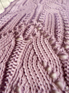 machine knitted passap lace pattern scarf lady moth