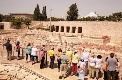 Mais de 3 milhões de turistas visitaram Israel em 2015