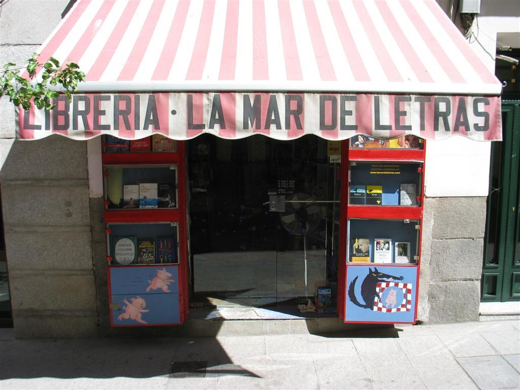El castor lector librer a infantil la mar de letras for Libreria puerta del sol