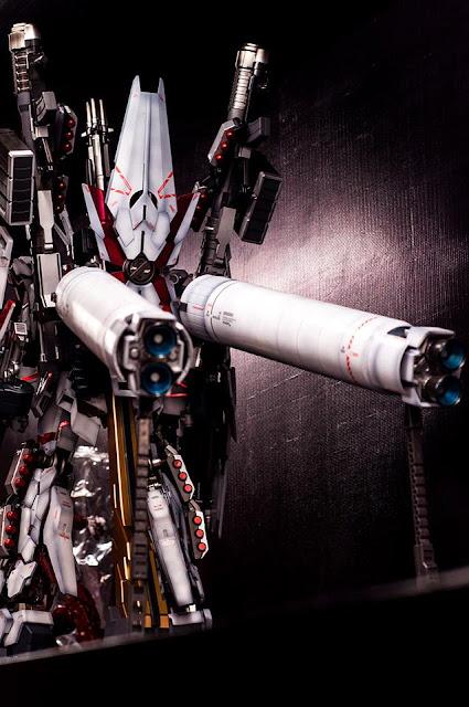 PG Unicorn Gundam Full Armor customized and repainted