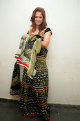 Shilpa Chakravarthy Glamorous Photos-thumbnail-8