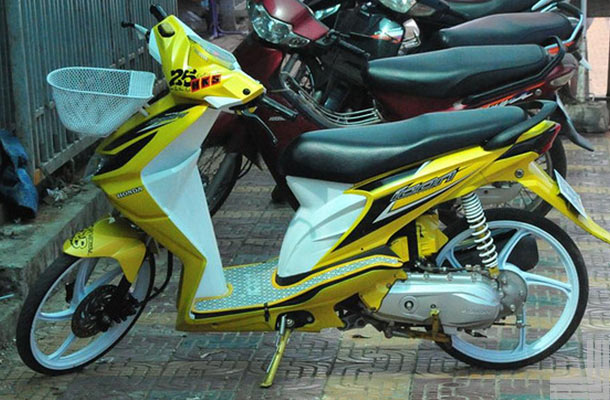 20 Gambar Modifikasi Motor Honda Beat Standar Kumpulan Modifikasi