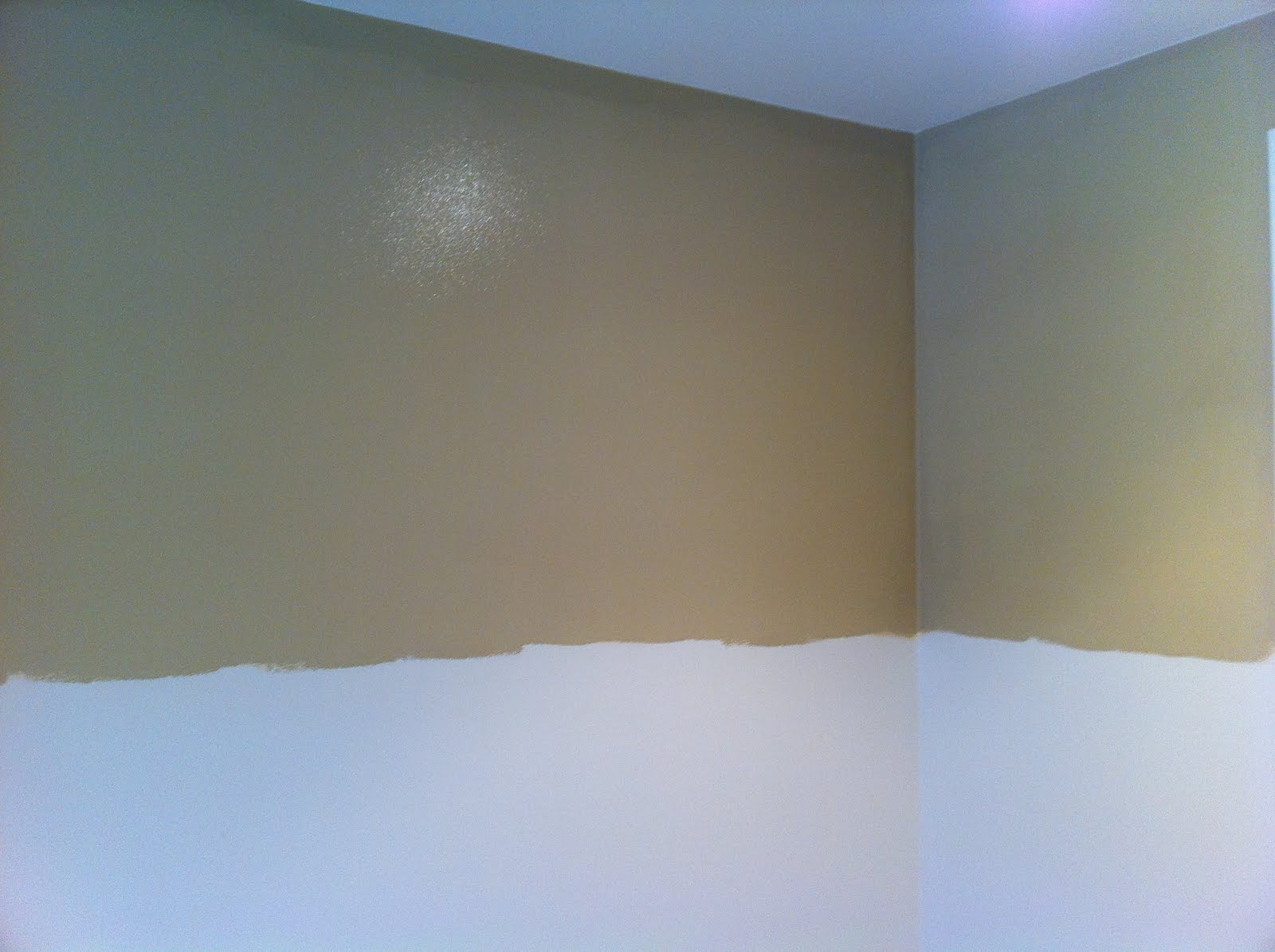 Behr Gobi Tan http://thenestinglife.blogspot.com/2011/07/board-and-batten.html