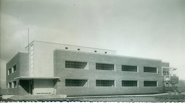 """Edificio scolastico """"Mazzini"""""""