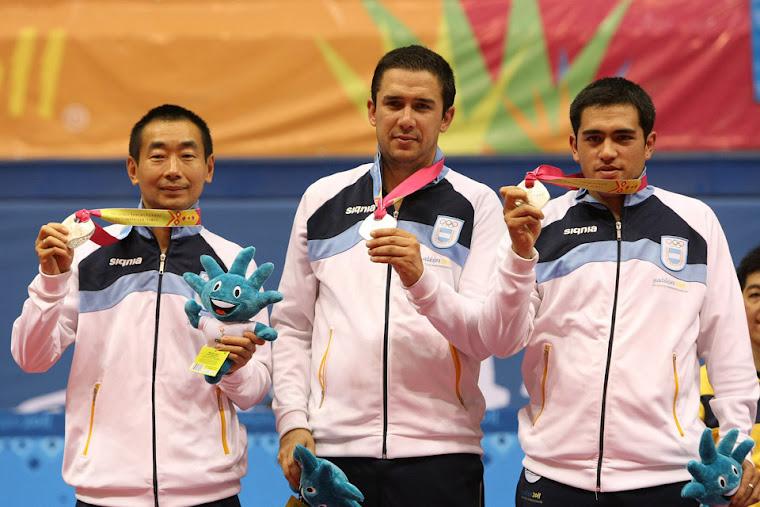 Medalla de Plata por Equipos Tenis de Mesa Guadalajara