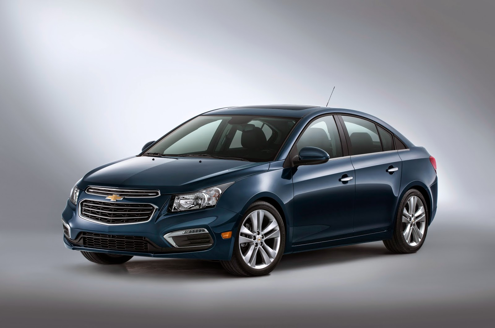 Updated 2015 Chevy Cruze Debut Announced