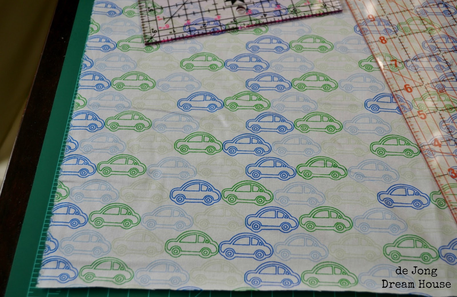 De Jong Dream House Quilt 3 Minky Rag Quilt Tutorial
