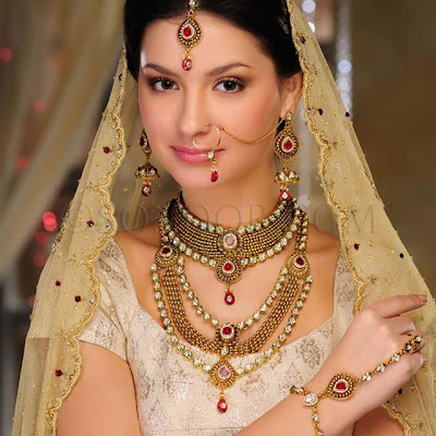 Bridal-Jewelry-Gold-Sets